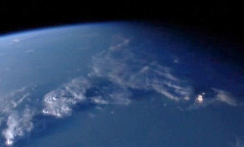 Misterioso objeto flotante captado por la NASA
