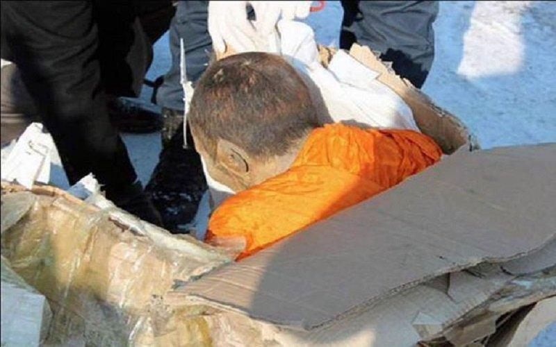 el monje momificado