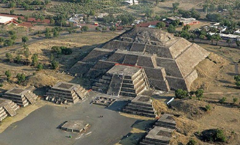 Túnel al Inframundo Pasaje secreto descubierto bajo una antigua pirámide en México