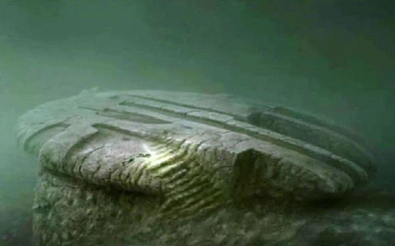 Photo of ¿Es la Anomalía del Mar Báltico de 140.000 años de antigüedad? ¿Un OVNI estrellado a 300 pies de profundidad en el fondo del mar?